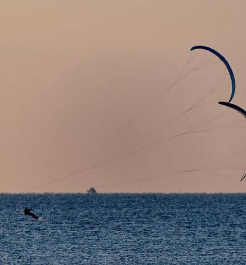 Kite surf in tandem al tramonto